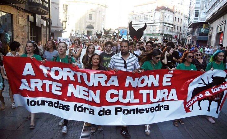 Manifestación antitaurina en Pontevedra, Touradas fóra de Pontevedra