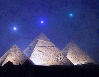 No, ninguno de estos tres planetas se han alineado sobre las pirámides de Egipto