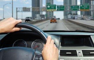 Las 5 multas más caras que te pueden poner este verano en la carretera