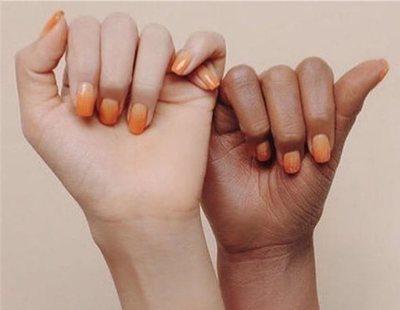 Esta marca prefiere pintar a una modelo de marrón en lugar de contratar a una mujer negra