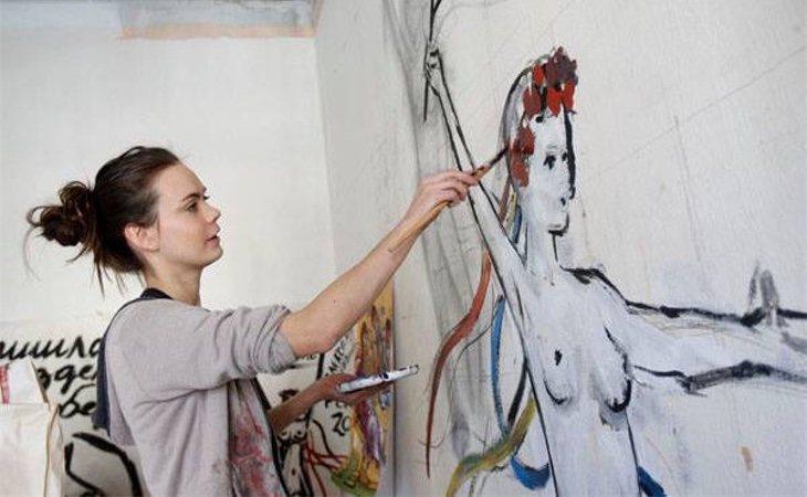Oksana Shachko era pintora de profesión