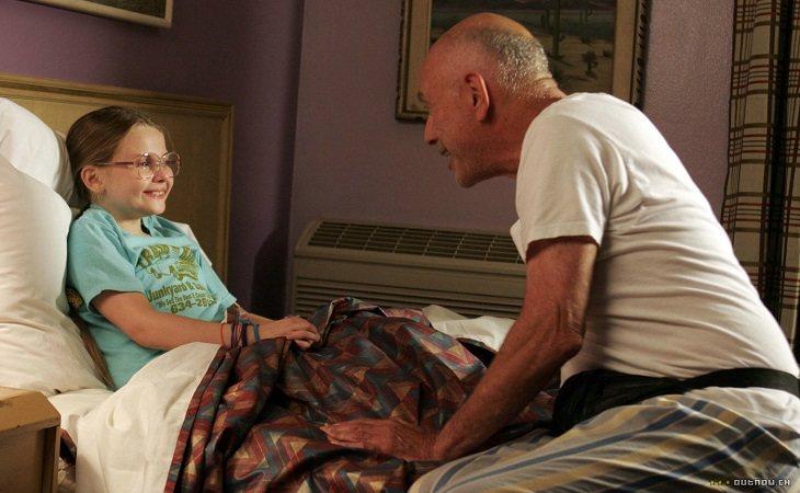 Abigail Breslin y Alan Arkin en 'Pequeña Miss Sunshine'