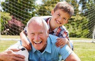 Juegos de la infancia de nuestros abuelos que todo niño debería recuperar