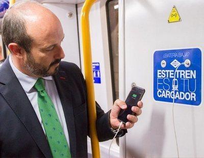 La Policía Nacional advierte del peligro de cargar el móvil con USB en lugares públicos