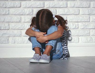 La justicia entrega la custodia de una niña de cinco años al padre, denunciado por abusar sexualmente de ella