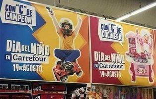 Carrefour desata la polémica con una campaña machista: ellos campeones y ellas cocineras