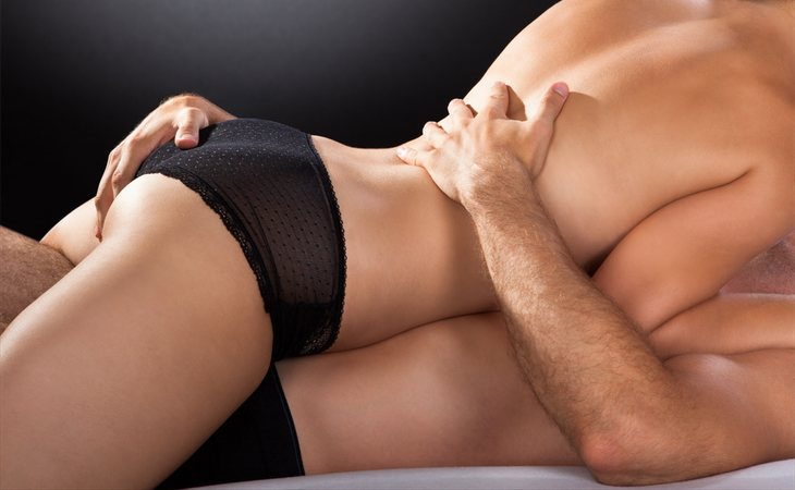 Mantener relaciones sexuales por la noche mejora el sueño