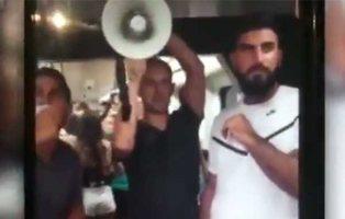 """Evangelistas desatan el pánico en el metro de Valencia: """"arderéis en el infierno"""""""