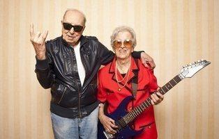 Dos ancianos se escapan de una residencia para asistir a un festival de heavy metal