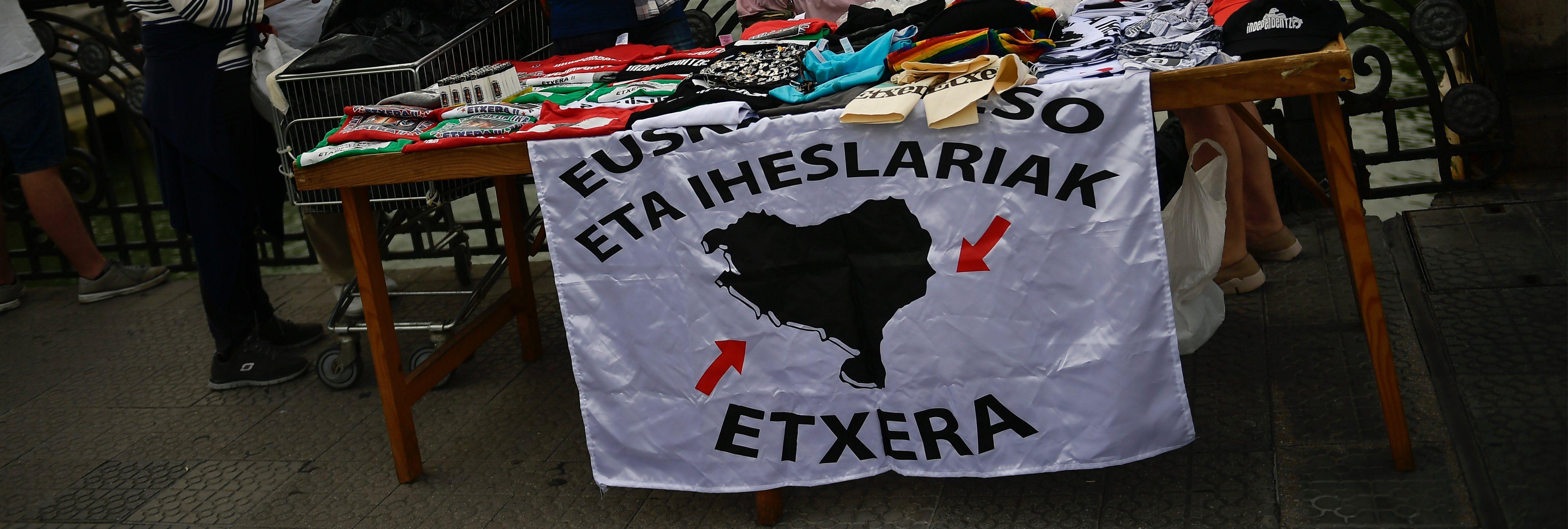 El Gobierno lleva a cabo los dos primeros acercamientos de presos de ETA a País Vasco