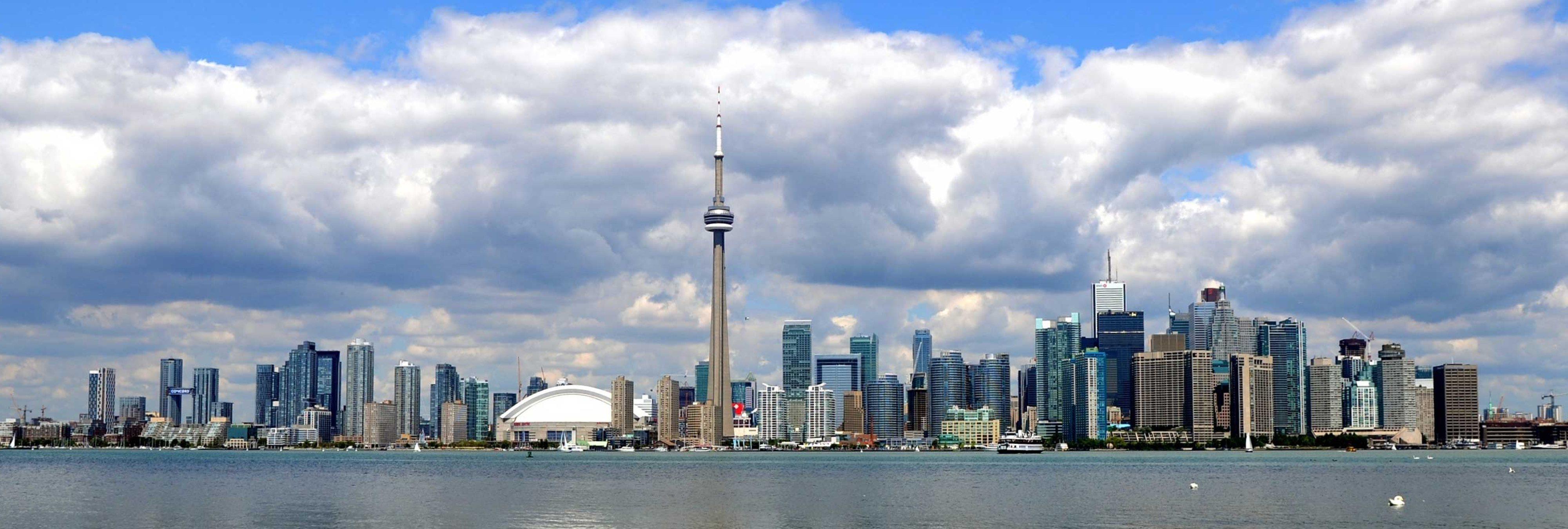 Cuatro muertos en un tiroteo en Toronto: el autor, detenido con pronóstico grave