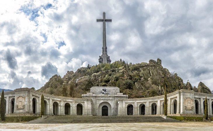 La exhumación de Franco ha abierto una grieta en el seno del Ejército