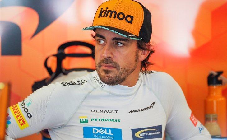 Fernando Alonso durante la primera sesión de entrenamientos en Hungaroring, Mogyoród (Hungría)