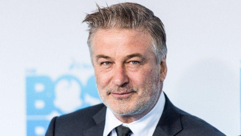 ¿Acaso el hombre creía parecerse al actor de Hollywood?