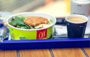 Más de 400 infectados con parásitos por comer ensaladas en McDonald's
