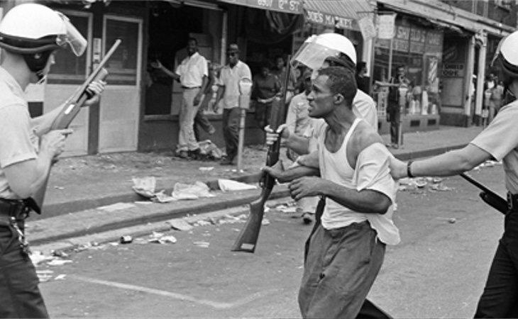 Aretha Franklin alcanzó el estrellato en plenos disturbios raciales en Detroit