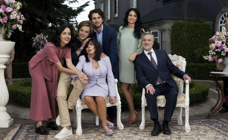 La familia de La Mora, protagonista de 'La casa de las flores'