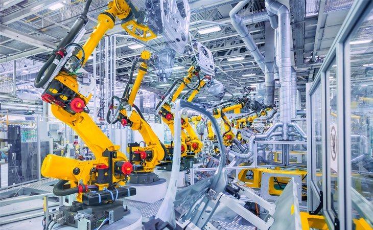 Los procesos de fabricación fueron de los primeros en mecanizarse