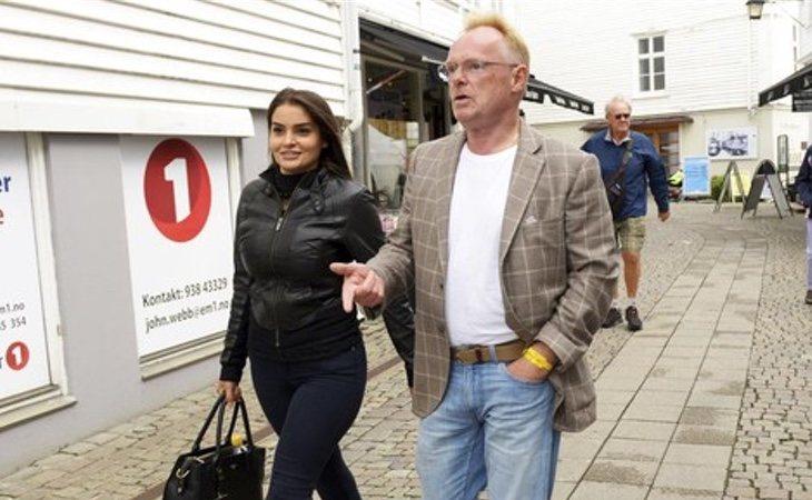 Per Sandberg y Bahareh Letnes por las calles de Noruega