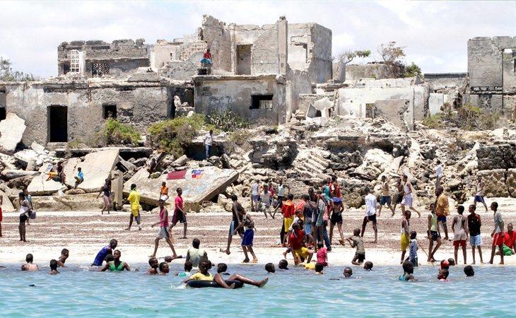 Los complejos turísticos han quedado reducidos a escombros