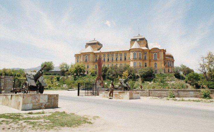 El palacio quiso escenificar los deseos de apertura del país