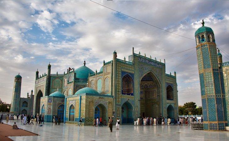La mezquita azul de Mazar i Shariff sí ha sido respetada