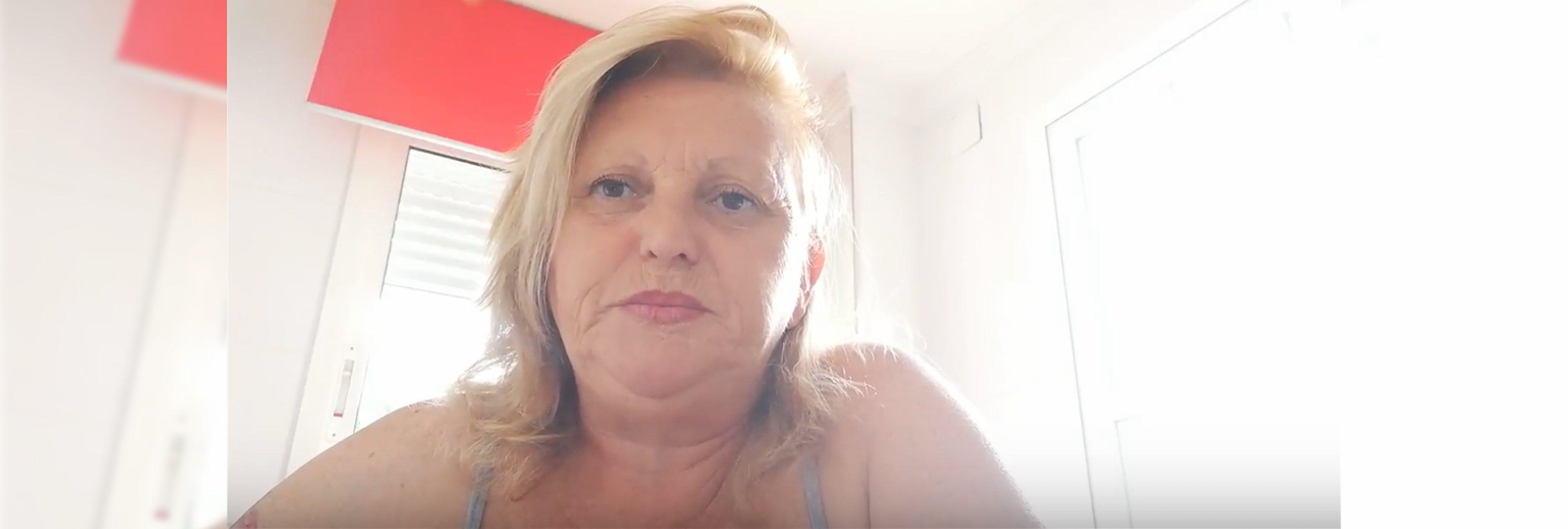 Luisa Garrido, la youtuber que amenaza de muerte a Pedro Sánchez y echa de menos a Franco