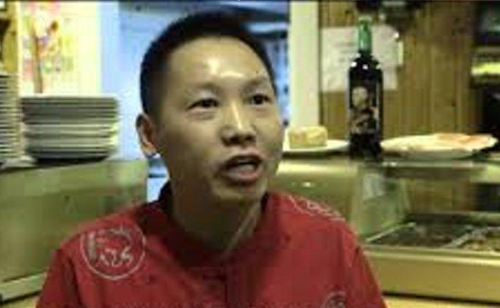 Internet conoce a Chen Xiangwen como el chino franquista o el chino facha
