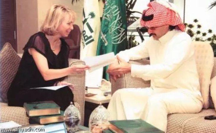 Corinna y Al-Waleed durante la reunión que mantuvieron