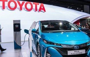 Toyota revisará más de 21.000 vehículos del Prius y C-HR en España por riesgo de incendio