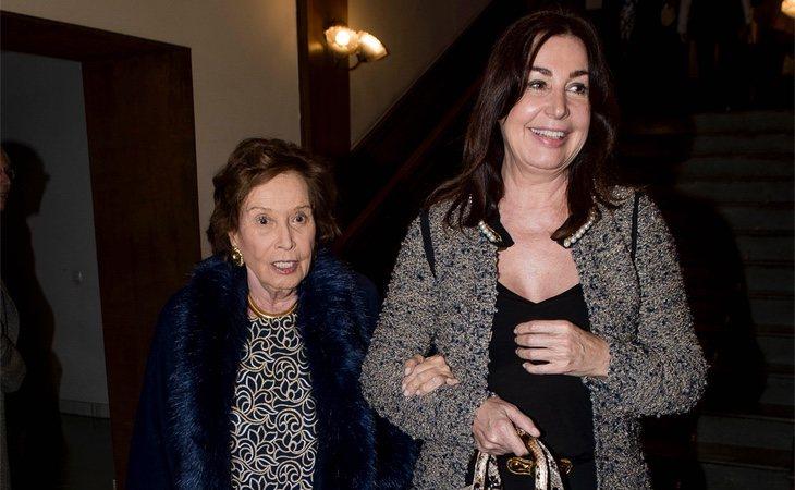 Carmen Franco Polo y Carmen Martínez-Bordiú