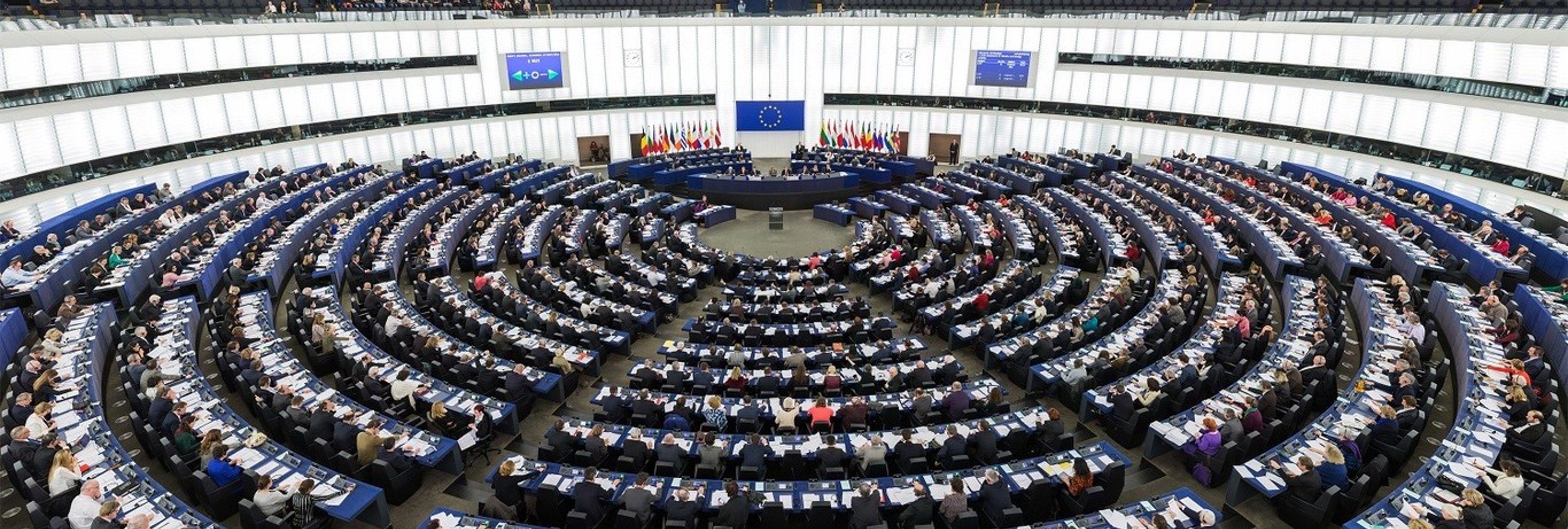La UE aprueba una directiva que va a terminar con la libertad de expresión en internet