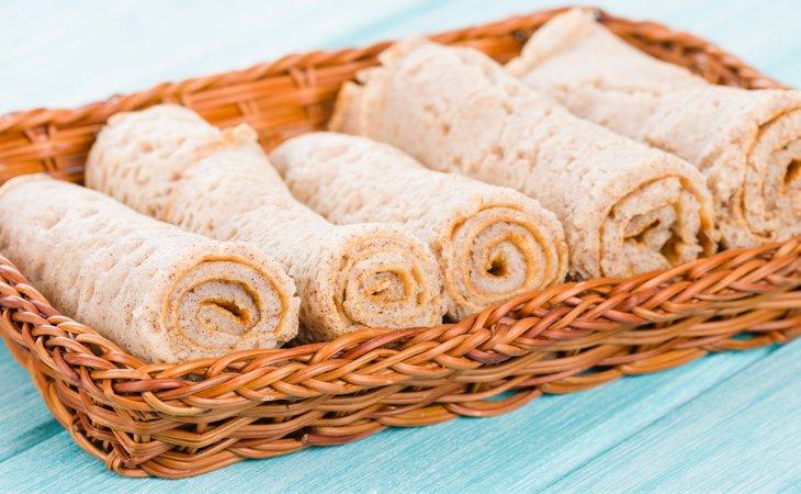 El injera es un pan sin levadura de masa fermentada naturalmente vegano