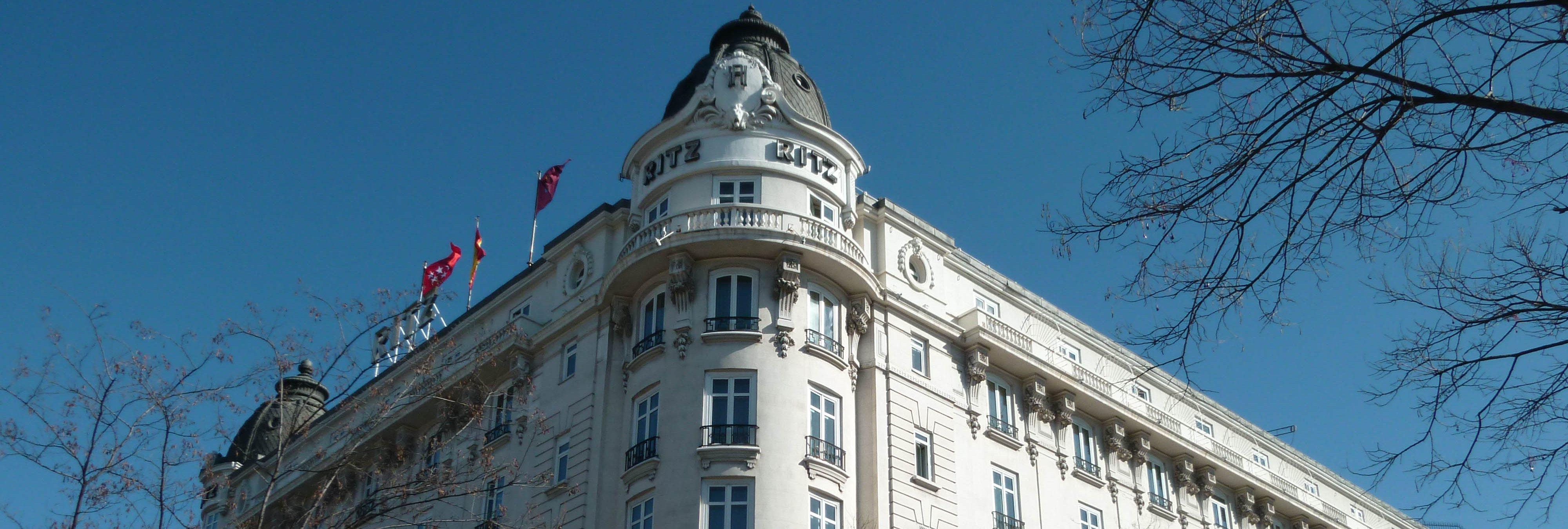 Un muerto y once heridos en un derrumbe en las obras del hotel Ritz en Madrid