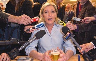 """Un juez ordena realizar un estudio psiquiátrico a Marine Le Pen por """"anomalías mentales"""""""