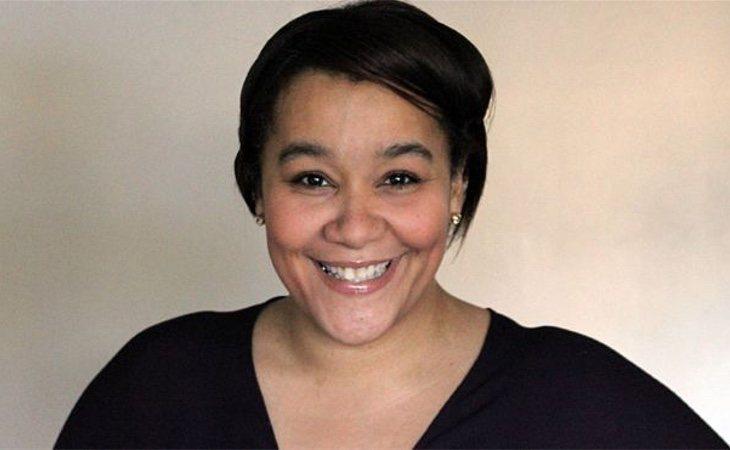 Naomi Jacbos escribió una novela contando su historia (Twitter)