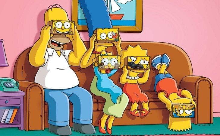 La familia Simpson en su mítico sofá