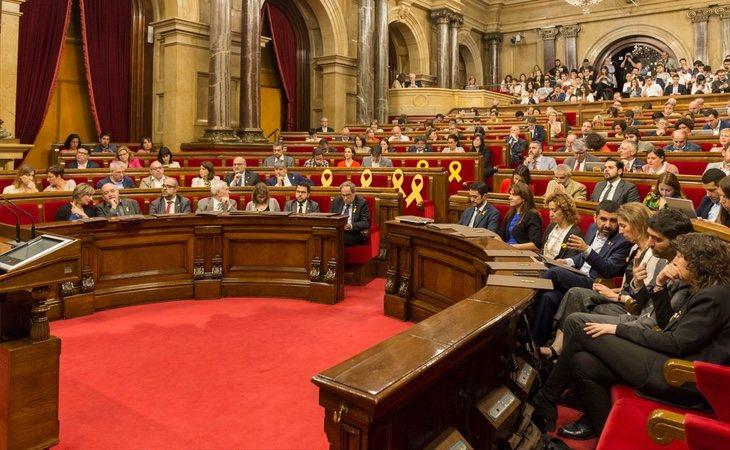 Los plenos del Parlament han estado suspendidos durante los últimos meses