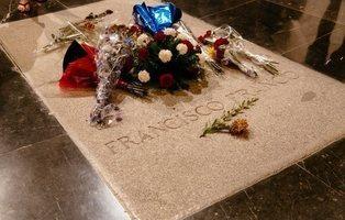 Los nietos de Franco piden honores militares para el traslado del cadáver del dictador