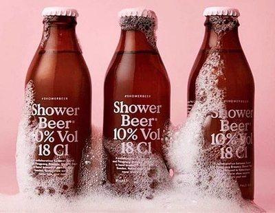 Inventan la primera cerveza diseñada para beberse en la ducha