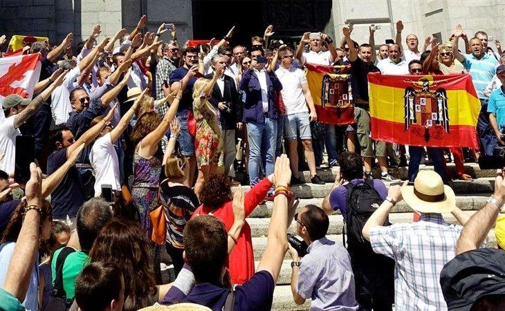 Centenares de franquistas se concentraron el mes de pasado julio en el Valle de los Caídos