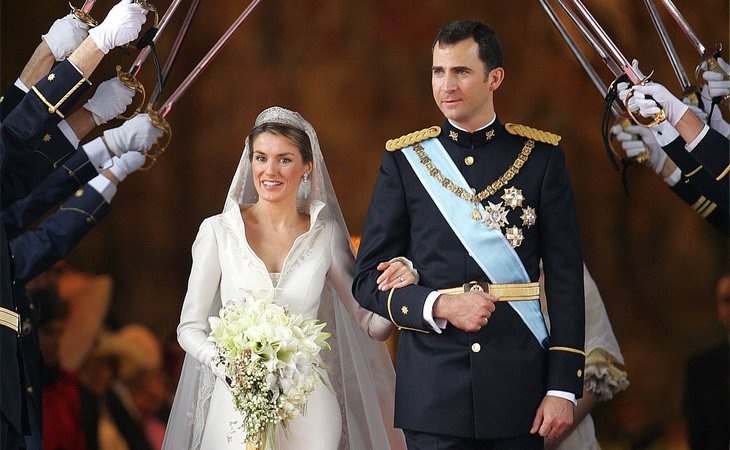 Los actuales Reyes de España durante su boda