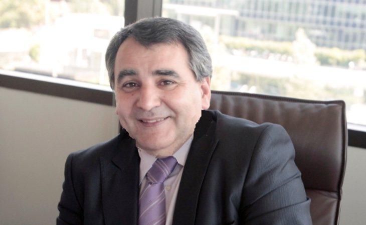 Juan José Moreno Navarro, portavoz de la Comisión de Educación y Deporte