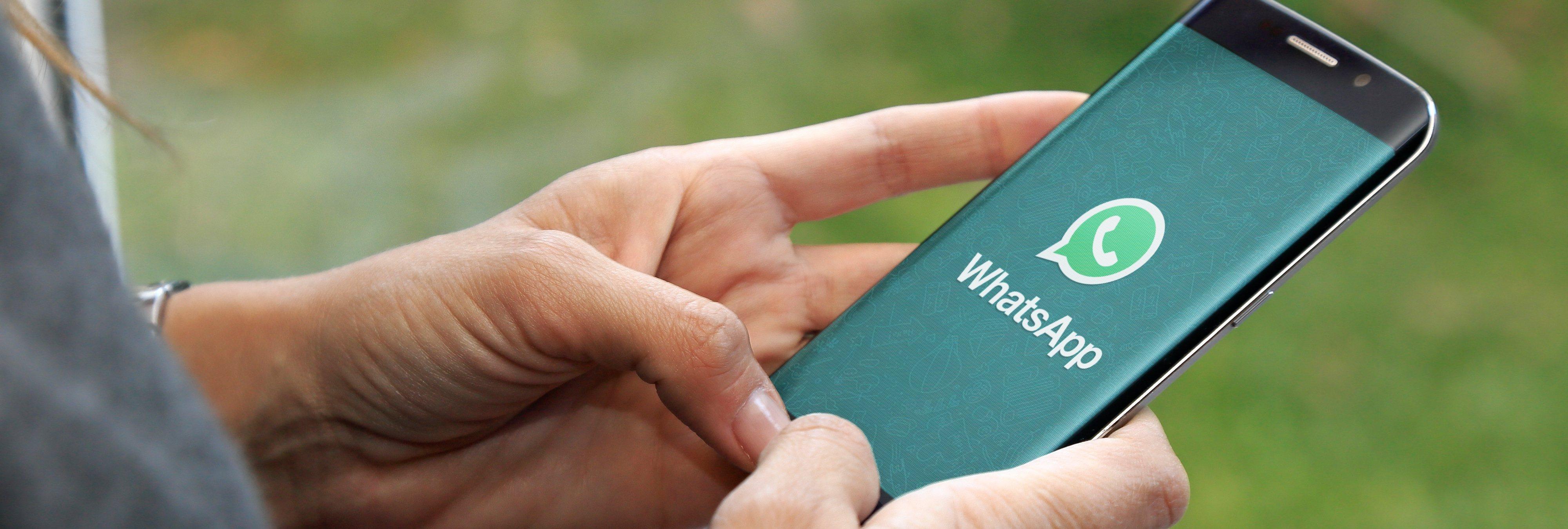 3 maneras de leer los mensajes de WhatsApp sin que nadie vea que estás 'en línea'
