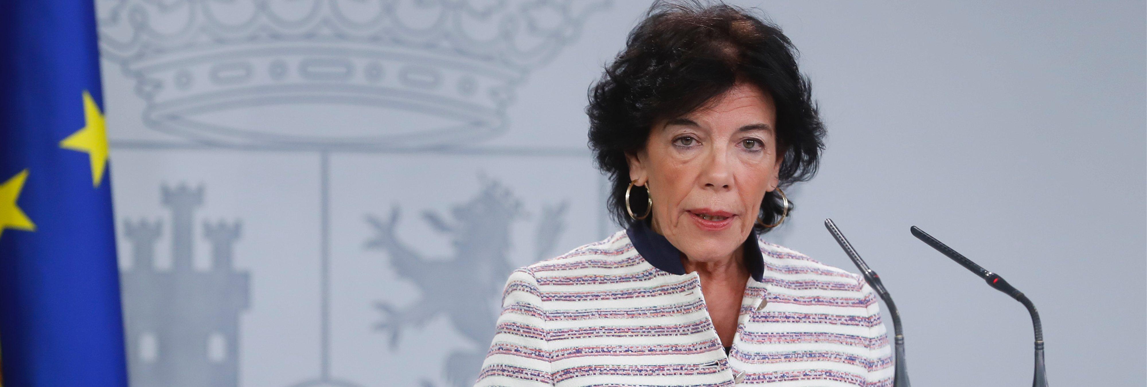 Isabel Celaá, la ministra de Educación, comete dos errores ortográficos en un tweet