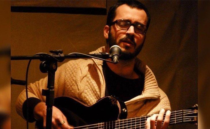 Además de profesor, Pérez Taján es músico y compositor