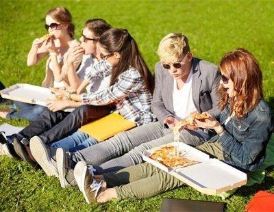 Las 7 comidas que te representan como universitario