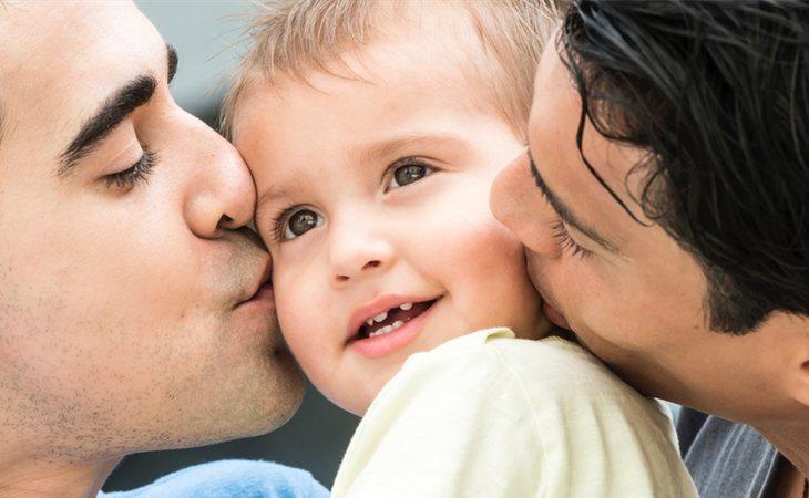 Las críticas por la Gestación Subrogada se están dirigiendo hacia los hombres homosexuales