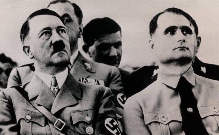 Adolf Hitler y Rudolf Hess