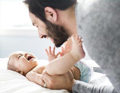 El TC no ve discriminatorio que la mujer tenga más permiso de maternidad que el hombre